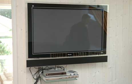 Flachbild-Fernseher in einem der Priwall-Ferienhäuser. Foto: <b>ARCHIV TA</b>