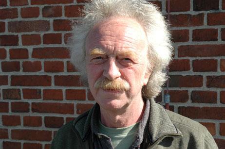 Will den Waterfront-Vertrag ins Internet stellen: Eckhard Erdmann von der Bürgerinitiative. Foto: <b>ARCHIV TA</b>