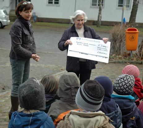 Die Kinder wussten schon Bescheid: »Es gibt Geld!« Foto: <b>TA</b>