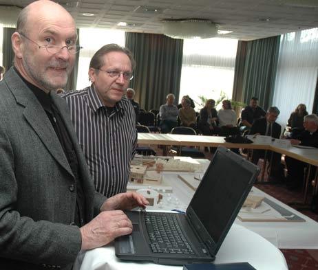 Professor Georg Conradi und seine Studenten stellten Entwürfe für das Gebäude vor. Foto: <b>TA</b>