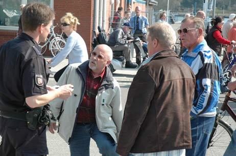 Die Polizei nahm den Unfall am 11. April auf, sucht aber noch Zeugen. Foto: <b>ARCHIV TA</b>
