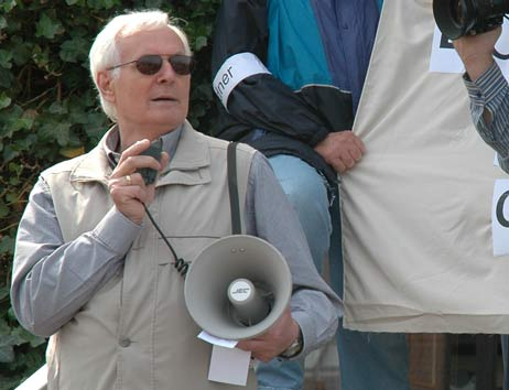 Hatte die Doppel-Demo schon befürchtet: Wolfgang Hovestädt von der »Interessengemeinschaft Priwall-Bewohner und Rosenhof«. Foto: <b>ARCHIV TA</b>