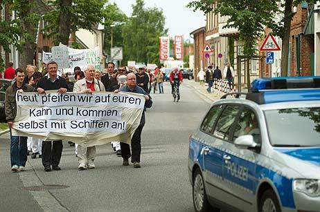 Die Fährpreis-Demonstranten vom Priwall wollen künftig geschlossen auftreten. Foto: <b>ARCHIV TA/KEV</b>