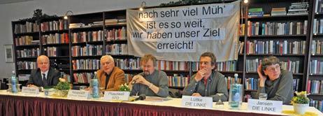 Auf dem Podium saßen Jürgen Lehnhausen und Wolfgang Hovestädt von der IG Priwall-Rosenhof, Ulrich Pluschkell (SPD) sowie Ragnar Lüttke und Antje Jansen (DIE LINKE). Foto: <b>TA</b>