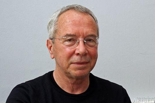 Wolfgang Neskovic (Die Unabhängigen) spricht über den Waterfront-Vertrag. Foto: <b>ARCHIV TA</b>